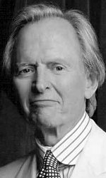 Tom Wolfe author photo